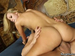 Jessie Rogers acquires her muff shoved after sixtynine