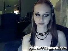 Skinny emo wench having livecam joy