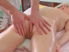 Petra receiving hawt erotic massage whilst too being deeply toyed